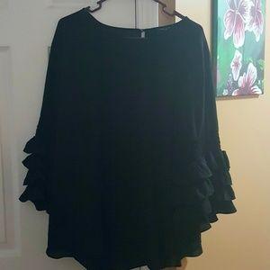 *NWT* Black long sleeved